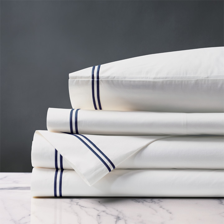 Enzo White/Navy Sheet Set