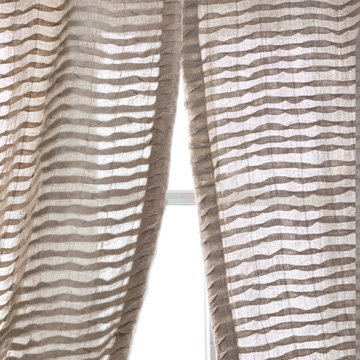Yearling Pleated Sheer