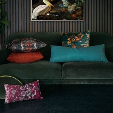 Boutique - luxury,designer,bedding,pillows,throw pillows,decorative pillows,accent pillows,chic,stylish,trendy,home decor,modern,contemporary,trend-driven,colorway,luxe,high-quality,quality,fancy,high-end,aspirational,interior design,textured,cozy,hygge,patterned,embroidered,woven,dimensional,