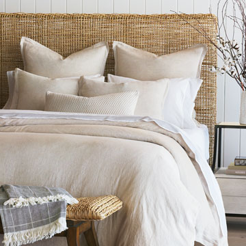 Copley - ,natural linen,raw linen,flax linen,linen duvet,duvet cover,modern bedding,simple bedding,linen bedding,natural duvet,minimalist bedding,organic bedding,neutral duvet cover,