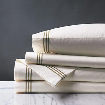 Tessa Ivory/Oliva Sheet Set