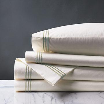 Tessa Ivory/Pear Sheet Set
