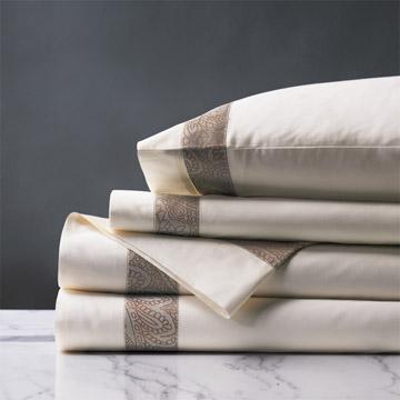Cornice Ivory/Biscotti Sheet Set