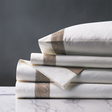 Cornice White/Biscotti Sheet Set