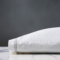 Enzo White/Silver Pillowcase