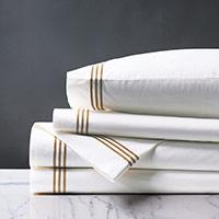Tessa White/Antique Sheet Set