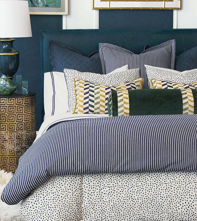 Claire Bedset - ,blue bedset,100% cotton bedset,alexa hampton,100% cotton pillows,striped pillow,cotton pillow,striped bedset,chevron,chevron pillow,luxury bedset,