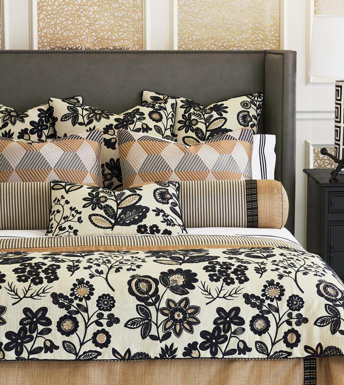 Lars Bedset - ,luxury bedset,alexa hampton,designer bedding,gold bedding,black embroidery,floral embroidery,black and gold bedding,metallic bedding,glam bedding,gold bedset,