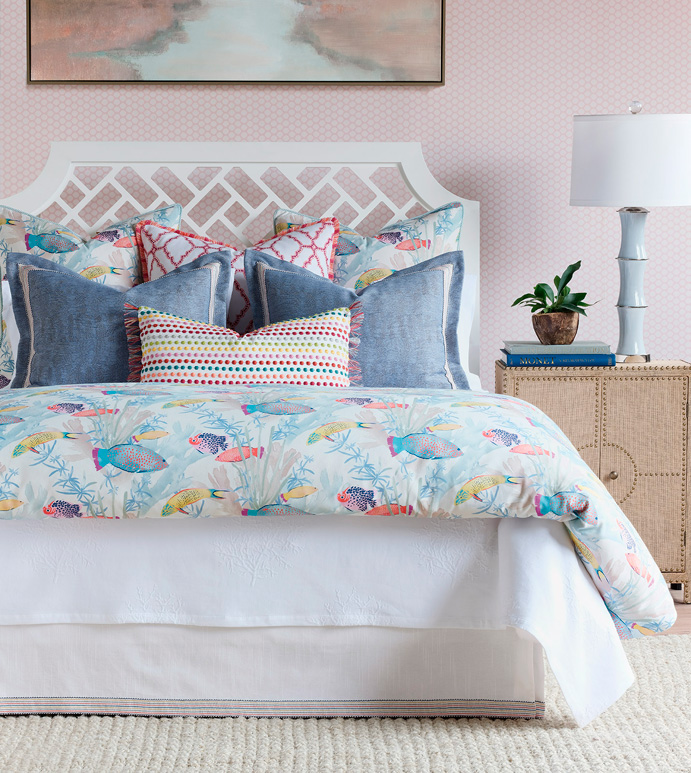 Paloma Bedset - EASTERN ACCENTS,LUXURY BEDDING,BEDDING,DUVET COVER,COMFORTER,LUXURY,SHAMS,PILLOWS,TROPICAL,SEALIFE,CORAL REEF,COLORFUL,PINK,PLAYFUL,FUN,RAINBOW,TRADITIONAL,POLKA-DOT,PRINT,PATTERN,