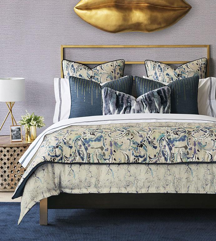 Tabitha Bedset - ,bedding,bedset,bedding collection,glam bedding,glamorous bedding,purple bedding,glam purple bedding,metallic bedding,