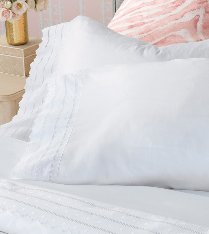 Harper White Pillowcase - pillowcase,white pillowcase,luxury linen,lace pillow case,high thread count pillow case,sateen pillow case,egyptian cotton pillow case,luxury bedding,fine linen,washable,bedding
