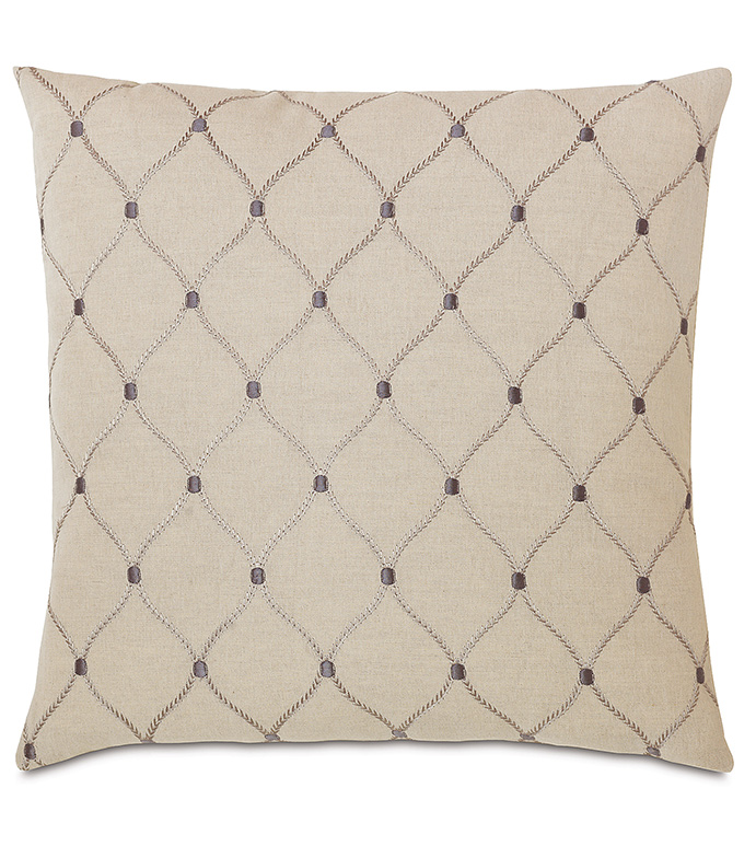 Branson Ivy Knife Edge - GRAY TRADITIONAL PILLOW,GRAY CLASSIC DECORATIVE PILLOW,GRAY EMBRIODERED PILLOW,OVERSIZED GRAY PILLOW,LATTICE DESIGN PILLOW,GRAY AND TAN PILLOW,TAUPE,TRADITIONAL,NEUTRAL,CLASSIC