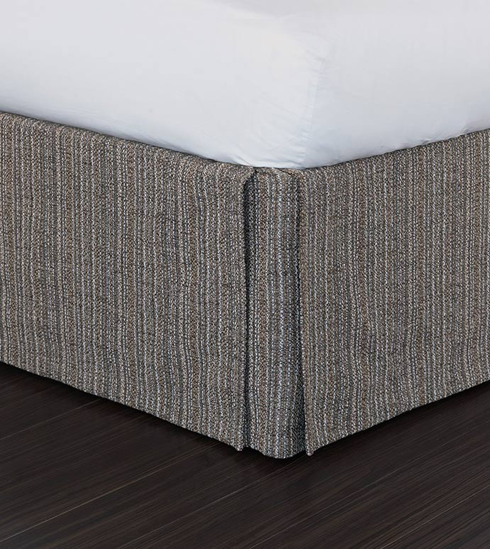 Parton Pebble Bed Skirt