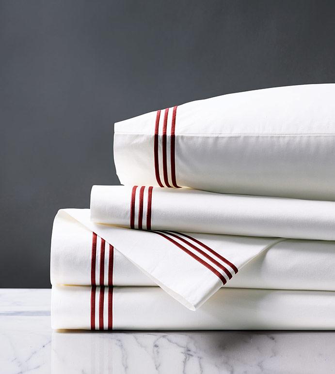 Tessa White/Shiraz Sheet Set