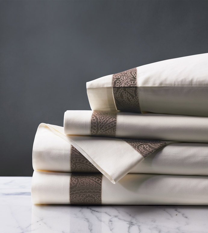 Cornice Ivory/Truffle Sheet Set