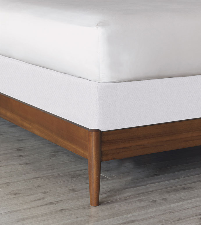 Essex Box Spring Cover - BOX SPRING COVER,WHITE,SOLID,CONTEMPORARY,TRANSITIONAL,BEDDING,ELASTIC,SNUG FIT,HIGH QUALITY FABRIC,COTTON,LUXURY,HOME DECOR,MODERN BEDDING,MATTRESS COVER,MODERN BEDDING,FITTED,