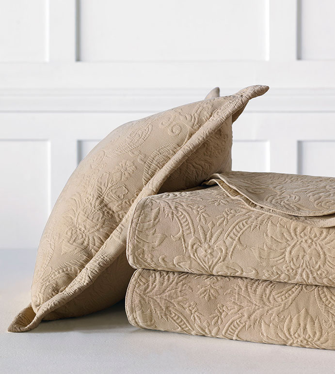 Sandrine Matelasse - bed skirt, grand sham, coverlet, throw, euro sham, king hsam, standard sham, boudoir, bed pillow, pillow, decorative pillow, accent pillow, throw pillow, flange, neutral, natural, 100% cototn, cotton, matelasse, quilted, bedding, bedding collection, bedset, home décor, home goods, accessories, interior design, cozy, soft, texture, luxury, luxurious, expensive, high end, high quality, good quality, Portugal, woven, Egyptian, egyptian cotton, damask, floral, traditional, design, pattern, motif, jacquard, ecru, beige, brown, maple, earthy, earth