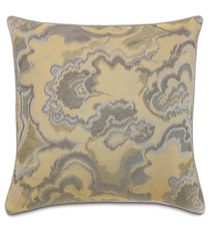 Amal With Small Welt - GOLD,SILVER,TAUPE,GREY,WELT,PILLOW,PATTERN,DESIGN,MODERN,WOVEN,ACCENT,METALLIC,GLAM,BEDROOM,BED,LUXURY BEDDING,INTERIOR DESIGN,ABSTRACT,SQUARE,OVERSIZED,LARGE,CLASSY,JEWEL,