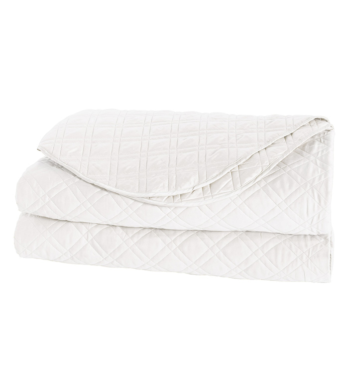 Coperta Diamond Quilted Coverlet in White - ,QUILTED COVERLET,WHITE QUILTED COVERLET,QUILTED BLANKET,QUILTED BEDDING,WHITE QUILTED BLANKET,WHITE BEDDING,QUILTED SATEEN,WASHABLE WHITE COVERLET,WASHABLE COVERLET,