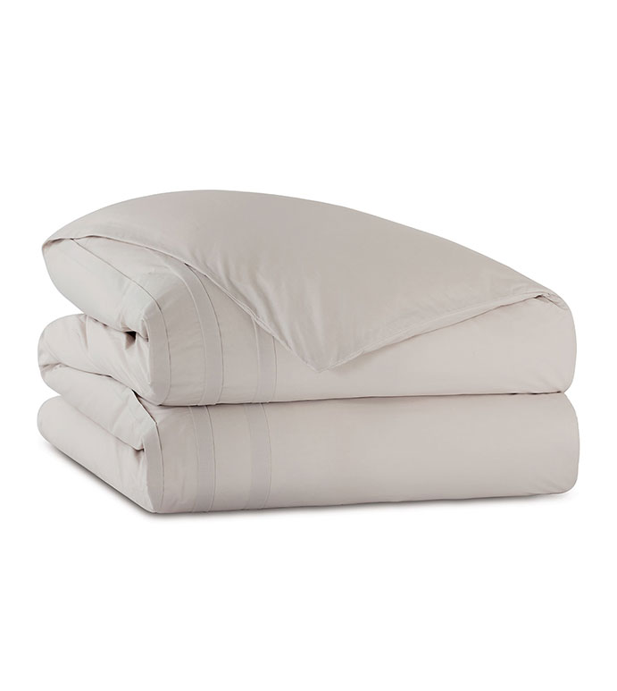 Vail Percale Duvet Cover In Bisque - DUVET COVER,PERCALE,COTTON,100% COTTON,EGYPTIAN COTTON,LUXURY,LUXURIOUS,HIGH-END,HIGH-QUALITY,PLEATED,PLEAT,TEXTURED,CRISP,BEIGE,BISQUE,CREAM,BLANKET,