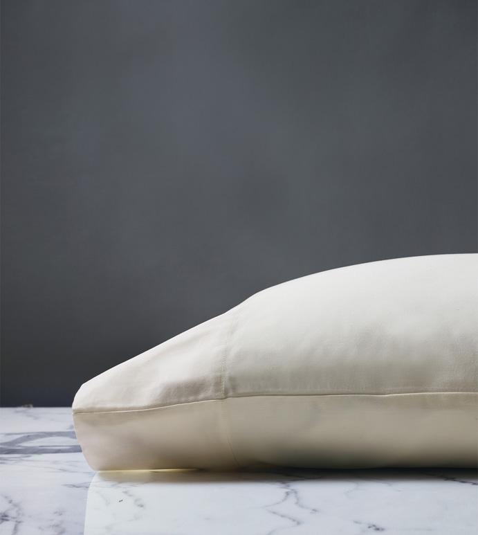 Roma Classic Ivory Pillowcase