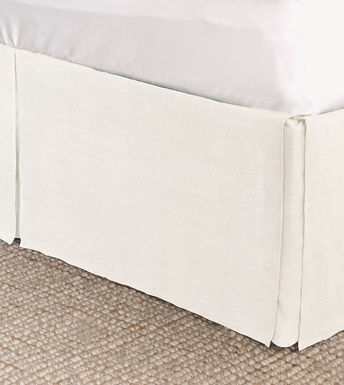 Resort Shell Bed Skirt - BED SKIRT,QUEEN BED SKIRT,WHITE BEDSKIRT,QUEEN DUST RUFFLE,CUSTOM BEDSKIRT,BOXED BED SKIRT,CLASSIC BED SKIRT,LUXURY BEDDING,RESORT LINENS,HIGH END BEDDING,LINEN BED SKIRT