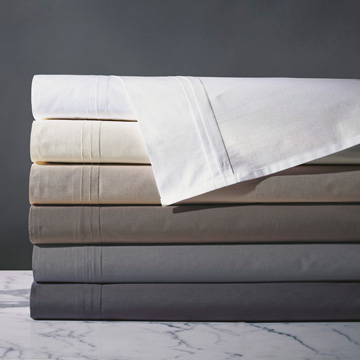 Vail - fine linens,linens,sheets,sheeting,cotton,100% cotton,egyptian cotton,percale,percale sheets,white,ivory,cream,slate,blue,cocoa,black,brown,chocolate,pleated,textured,luxury,high-quality,high-end,italian,european,crisp,thread count
