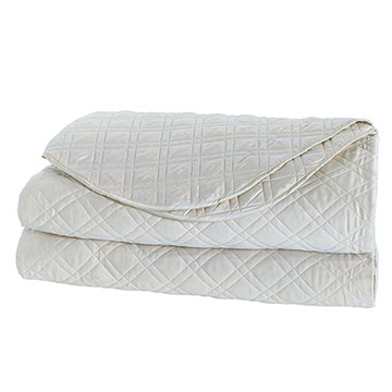 Coperta Diamond Quilted Coverlet in Silver