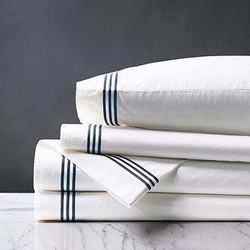 Tessa Satin Stitch Sheet Set in White/Navy