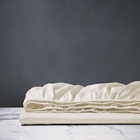 Deluca Sateen Fitted Sheet in Ivory