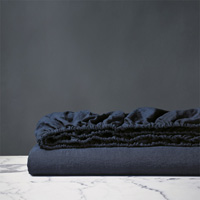 Shiloh Linen Fitted Sheet in Indigo