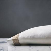 Cornice Lunetta White/Biscotti Pillowcase