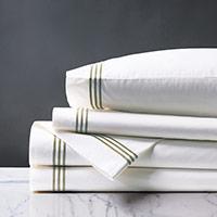 Tessa White/Aqua Sheet Set